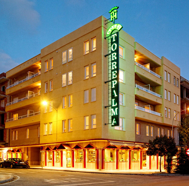 Hotel torrepalma torrepalma hotel jaen vacaciones jaen - Muebles penalver alcala la real ...