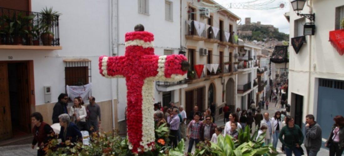 El tiempo ha dejado disfrutar de las fiestas de la Cruz del Juego Pelota