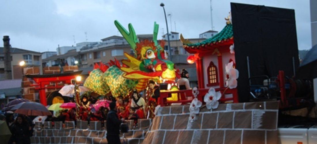 El dragón oriental del Alonso Alcalá obtiene el primer premio en una deslucida cabalgata de Reyes