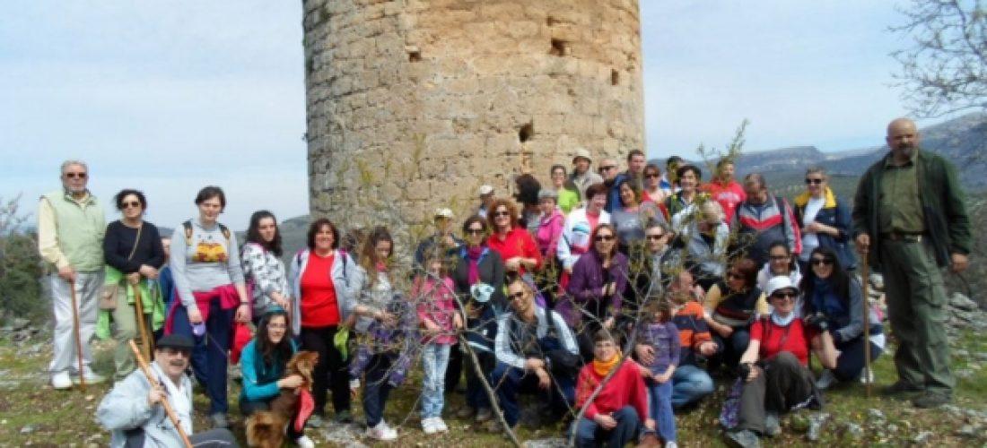 Conocen la historia y el entorno de la Torre de la Boca de Charilla