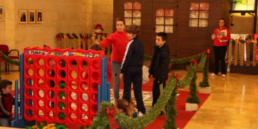 Se prepara la Cabalgata mientras los niños hablan online con los Reyes